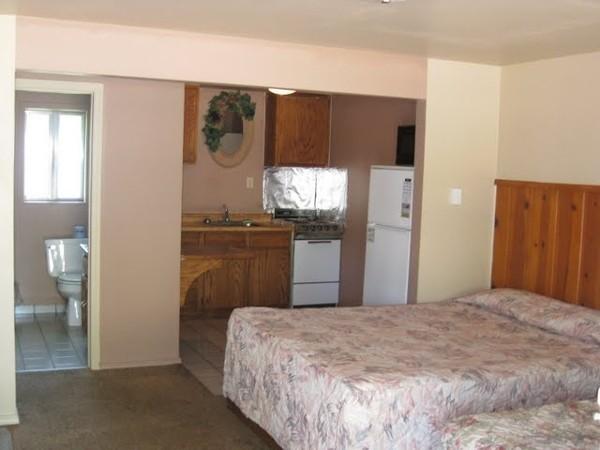 Oregon Motel 8 & RV Park  - Klamath Falls, OR - RV Parks