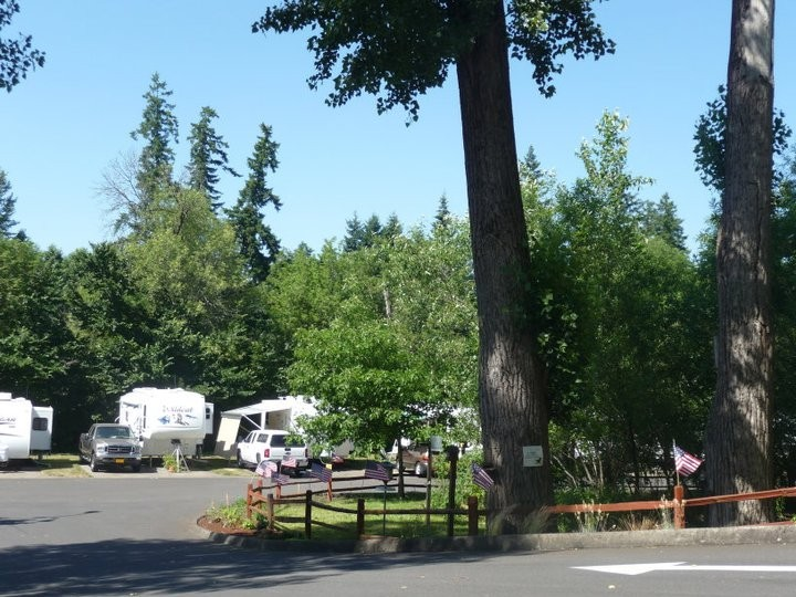 Roamer's Rest Rv Park - Tualatin, OR - RV Parks