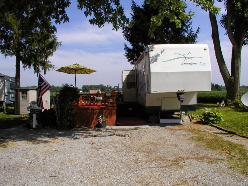 Country Campground - Whitehouse, OH - RV Parks