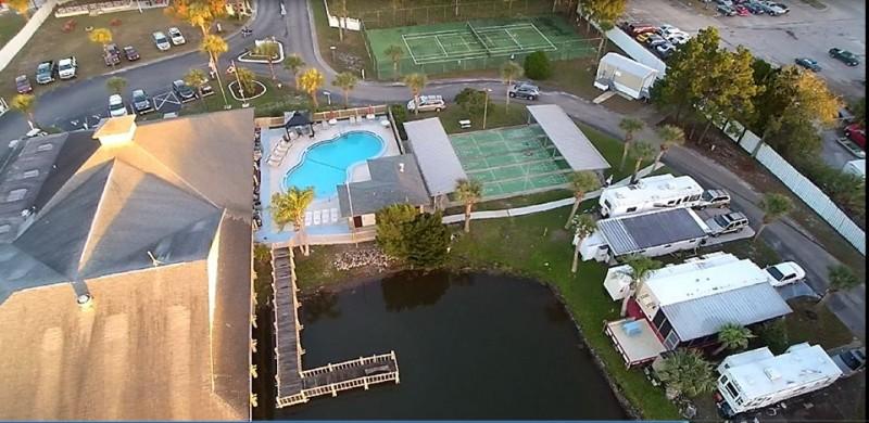 Sundance Lakes Travel Resort - Port Richey, FL - RV Parks