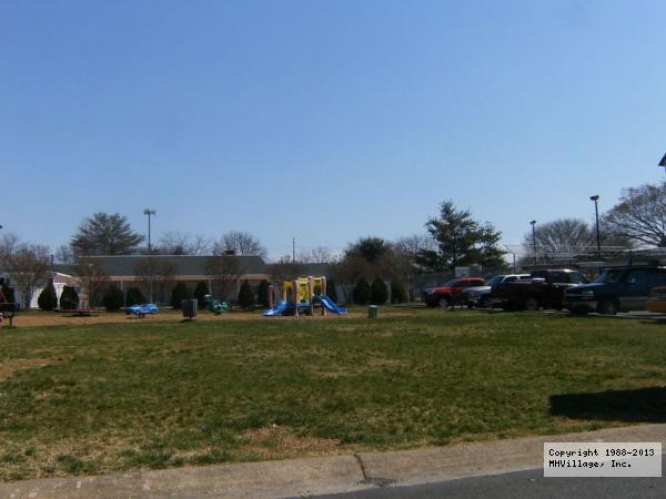 Meadows of Chantilly - Chantilly, VA - RV Parks