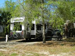 Rock Crusher Canyon Rv & Music - Crystal River, FL - Sun Resorts