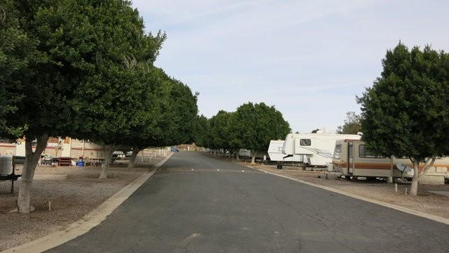 River's Edge Mobile Home Park - Ehrenberg, AZ - RV Parks