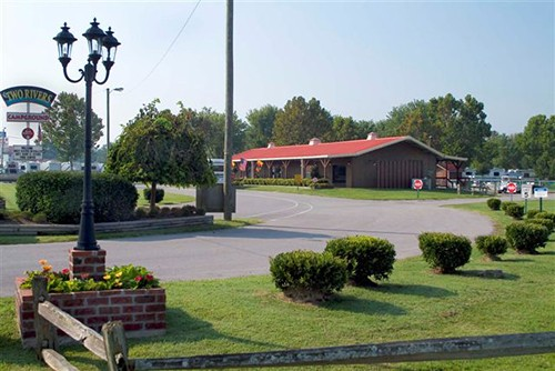 Two Rivers Campgrounds - Nashville, TN - RV Parks