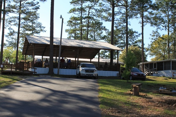 Sunset King RV Resort  - Defuniak Springs, FL - RV Parks