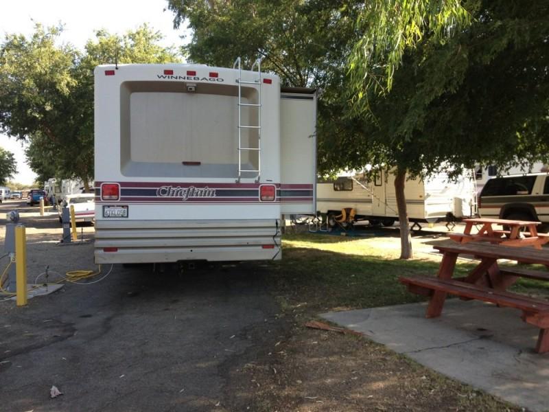 Bakersfield RV Travel Park - Bakersfield, CA - RV Parks
