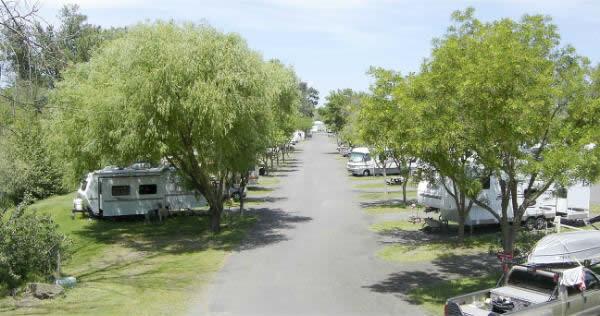 Holiday Rv Park - Phoenix, OR - RV Parks