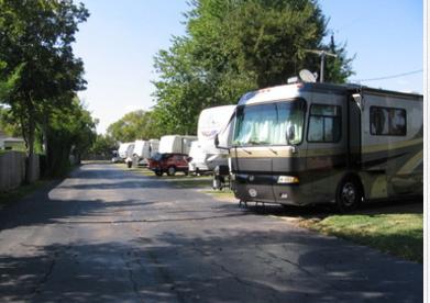 Jus Passn Thru Rv Park - Pasadena, TX - RV Parks