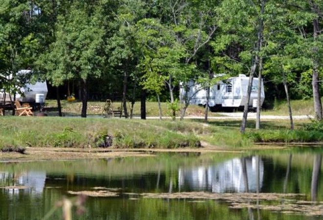 Horseshoe Lakes RV Campground - Clinton, IN - Thousand Trails Resorts