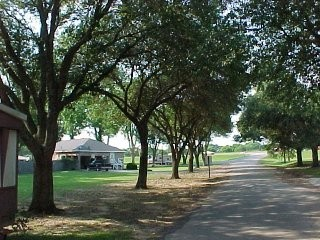 Maxies Campground - Broussard, LA - RV Parks