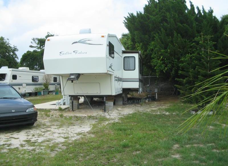 Breezy Palms RV Park - Palm Bay, FL - RV Parks