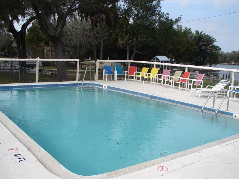 Camp N'Water Outdoor Resort - Homosassa, FL - RV Parks