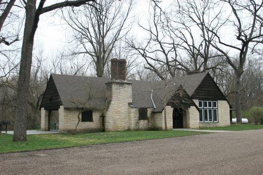 Walnut Woods State Park - West Des Moines, IA - Iowa State Parks
