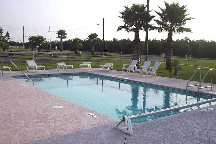 East Haven RV Park - Winter Haven, FL - RV Parks