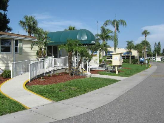 Pioneer Village Rv Resort North Ft Myers Fl Encore