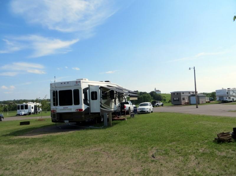 Forest Hills Golf & RV Resort - Detroit Lakes, MN - RV Parks