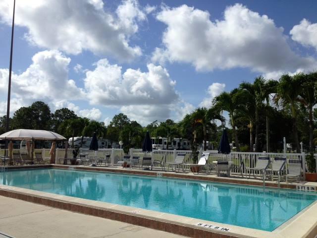 Club Naples Rv Resort Naples Fl Sun Resorts