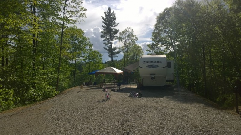 Moose Hillock Camping Resort - Fort Ann, NY - RV Parks