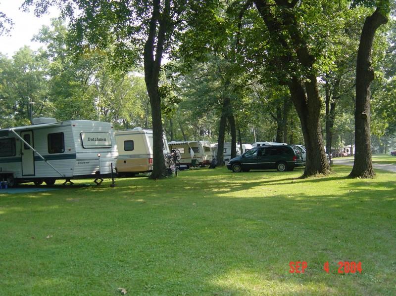 Gibson's RV Park & Campground - Cambridge, IL - RV Parks