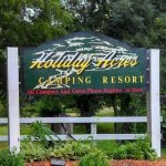 Holiday Acres Camping Resort - Garden Prairie, IL - RV Parks