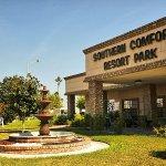 Southern Comfort RV Resort - Weslaco, TX - Encore Resorts