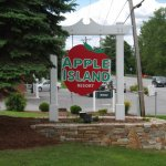 Apple Island Resort - South Hero, VT - RV Parks