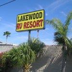Lakewood RV Resort - Harlingen, TX - Encore Resorts