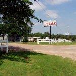 Mockingbird Hill RV Park - Burleson, TX - RV Parks