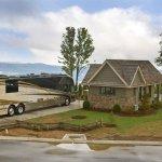 Mountain Falls Luxury Motorcoach Resort - Lake Toxaway, NC - RV Parks