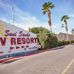 Suni Sands RV Resort - Yuma, AZ - Encore Resorts