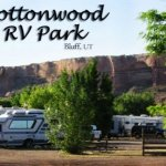 Cottonwood Rv Park Motel - Bluff, UT - RV Parks