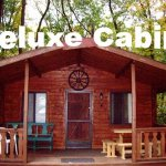 Lake in Wood Camping Resort - Cottage Rental