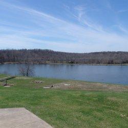 Lake Paradise Resort - Lone Jack, MO - RV Parks
