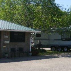 Outdoor Living Center RV Park - Russellville, AR - RV Parks