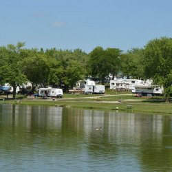 Sleepy Hollow RV Park & Campground - Oxford, IA - RV Parks