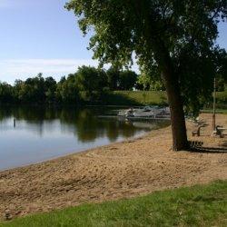 Tracys Rv Park - Lake Park, MN - RV Parks