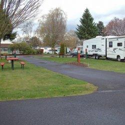 Jantzen Beach RV Park - Portland, OR - RV Parks