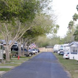 Kenwood RV Resort  - La Feria, TX - RV Parks