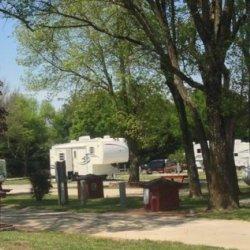 Country Gardens RV Park - Odessa, MO - RV Parks