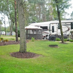 Pine Country Rv Amp Camping Resort Belvidere Il