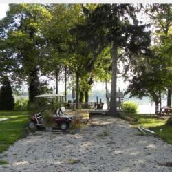 Campshore Campground - Aurora, IN - RV Parks