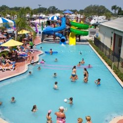 Cajun Palms RV Resort - Breaux Bridge, LA - RV Parks