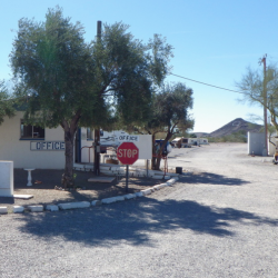 B-10 RV Park & Campground - Quartzsite, AZ - RV Parks