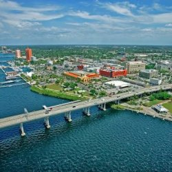 Fort Myers RV Resort - Fort Myers, FL - RV Parks