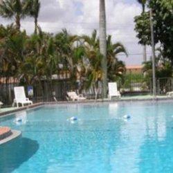Southern Comfort RV Resort - Florida City, FL - RV Parks