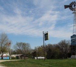 Windmill Resort  - Stoutsville, MO - RV Parks
