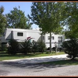 Lake Travis Inn & Rv - Austin, TX - RV Parks
