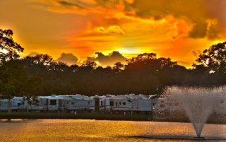 Brazoria Lakes RV Resort